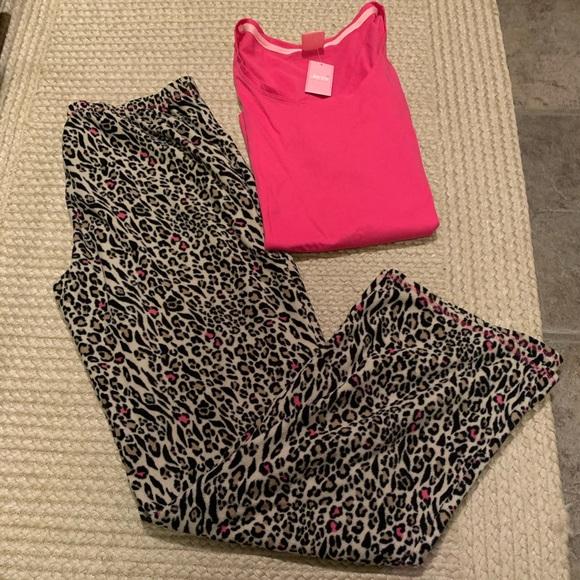 Jenni Other - NWT's Pajamas